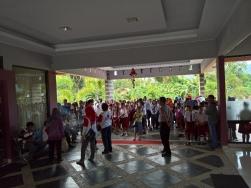 Buli_2016_03_09_children_teachers