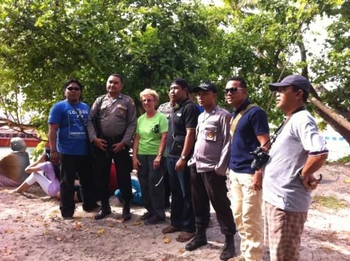 Police on Plun Island