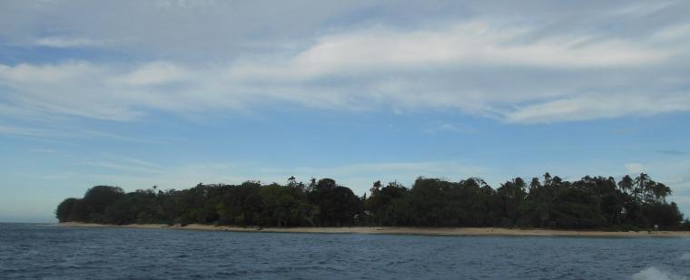 Plun Island From Speedboat
